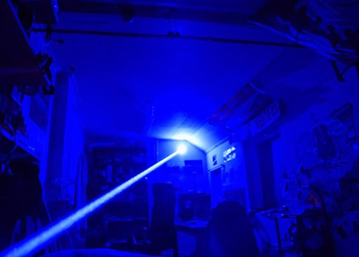 レーザーポインター 青色10000mw