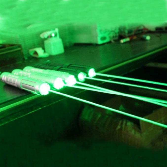 5000MW超強力レーザーポインター