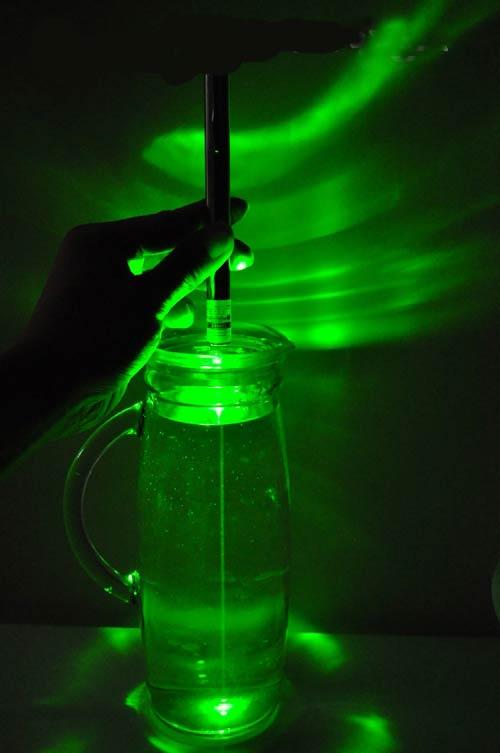 レーザーポインター緑小型 野外使用 星観測 HTPOWペン型