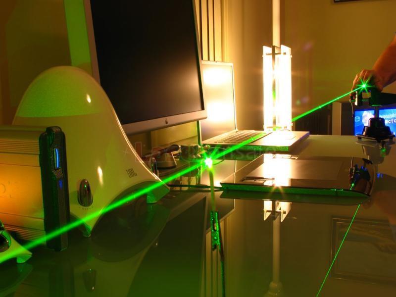 超高出力レーザーポインター HTPOW 星空5n1図案5000mw