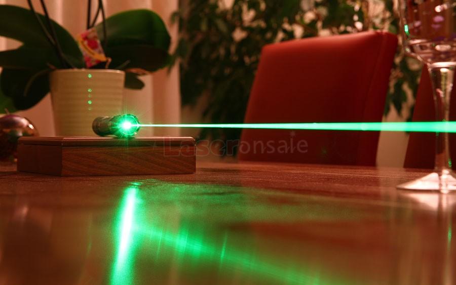 5000mw緑色レーザーポインター焼跡のマッチ、タバコ,5in1激安人気