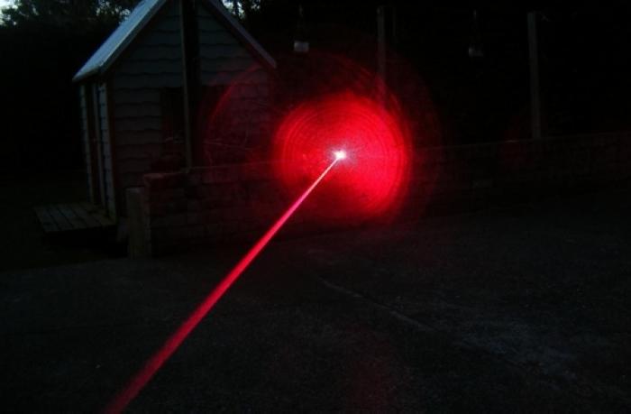 レーザーポインター 赤