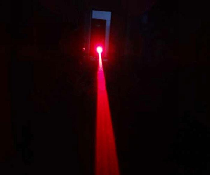 赤外レーザー
