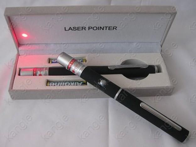 激安レッド300mwレーザーポインター猫用
