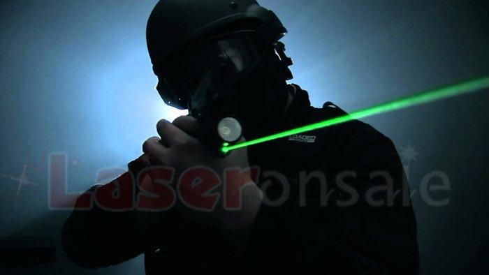 レーザー実銃サイト