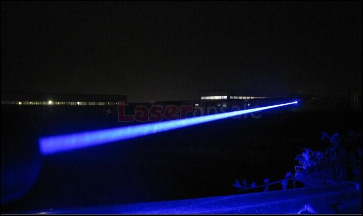 レーザーポインター 高出力レーザーポインター