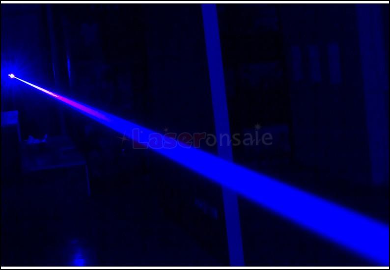 激安高出力レーザーポインター