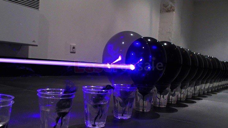 世界最強30000mwレーザーポインター青