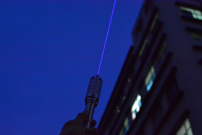 超高出力 青色レーザーポインター