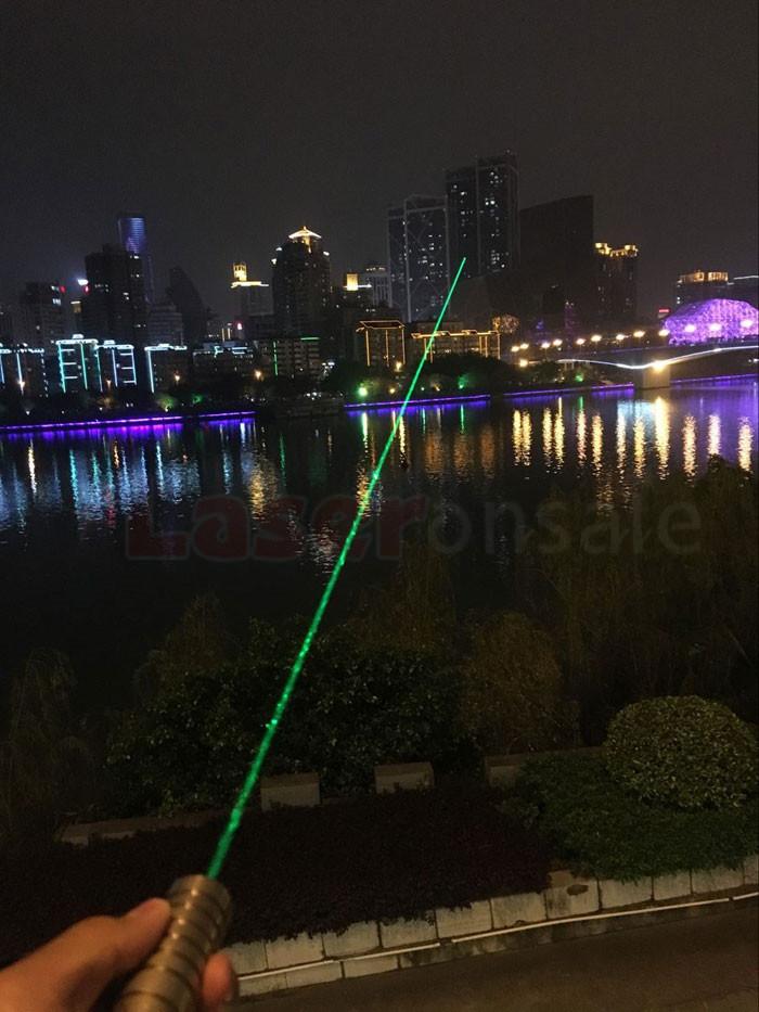 绿色レーザーポインター