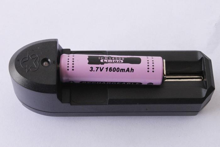 リチウムバッテリ充電器